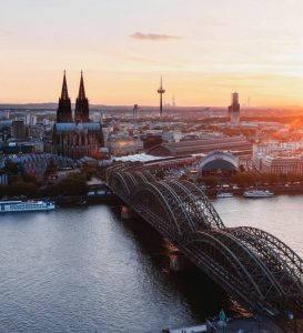 Billeje & biludlejning Köln-Bonn Lufthavn