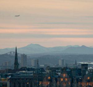 Billeje & biludlejning Edinburgh Airport