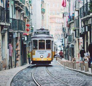 Billeje & biludlejning Lissabon-Portela Lufthavn